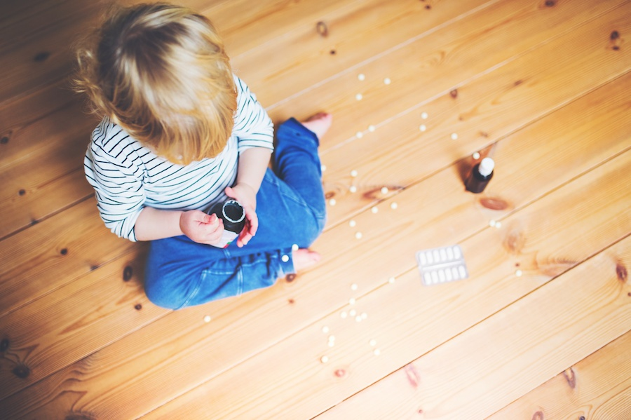 child-resistant-bottle